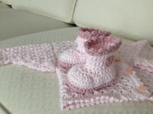 Virkat -Rosa tröja och tossor